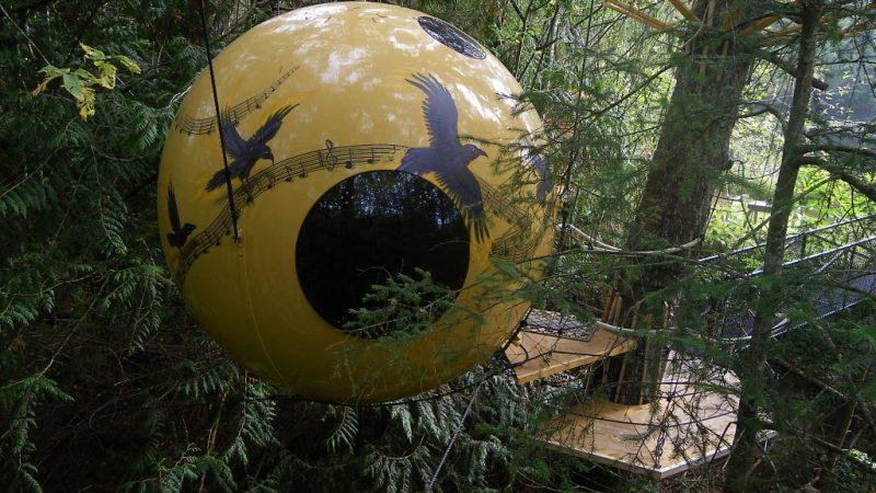 Free Spirit Spheres Treehouse Canada - Tree Bullet Hotel