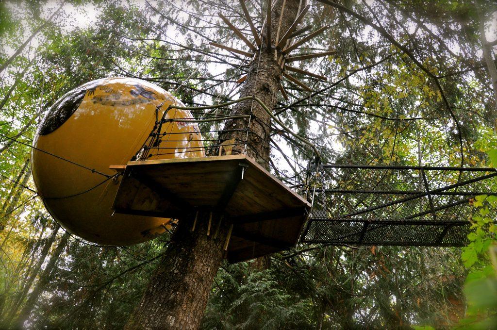 summer horst - treehouse hotel canada